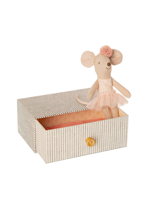 Maileg Maileg Dancing Mouse in Daybed, little sister mouse