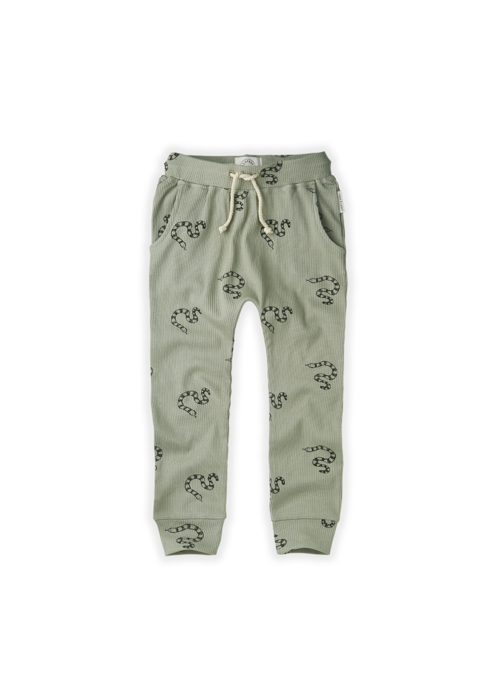 Sproet & Sprout Sproet & Sprout Pants Rib Print Snake Eucalyptus
