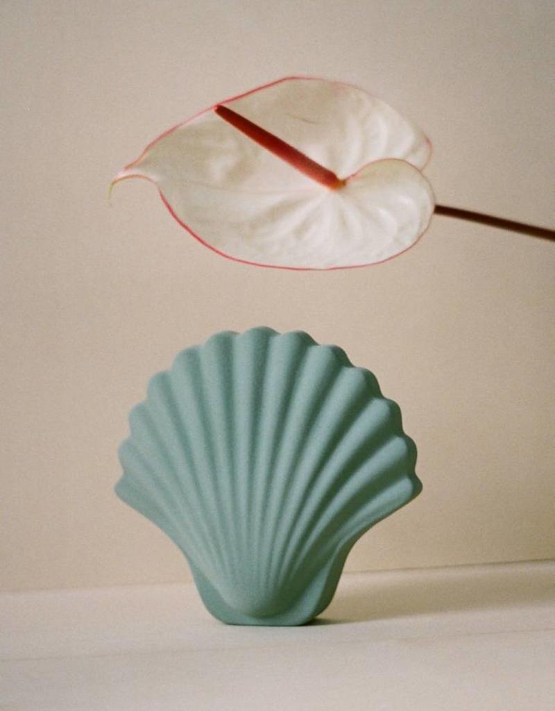 Les Objetos Decorativos Seashell Vase Green