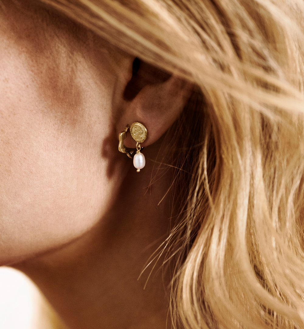 Anna + Nina Earring  Pearl Serpent Single Yellow