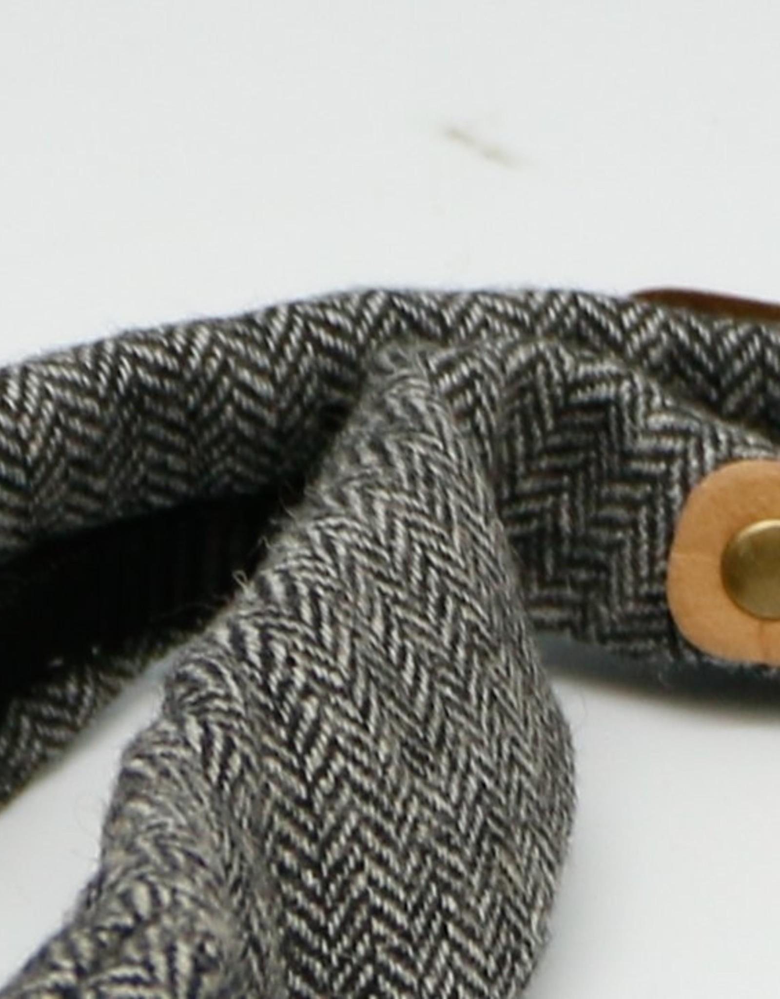 Paper Shoot Wollen Collar Camera Strap