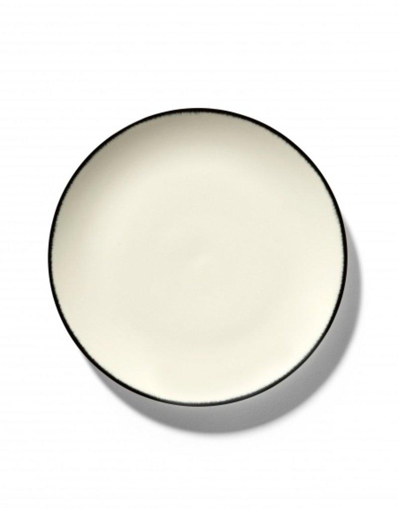 Ann demeulemeester Ann Demeulemeester for serax Plate D24 White-Black 1