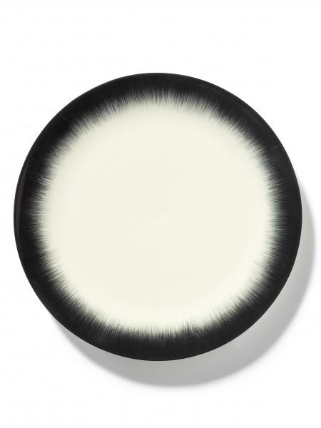 Ann demeulemeester Ann Demeulemeester for serax Plate D28 white-black 4