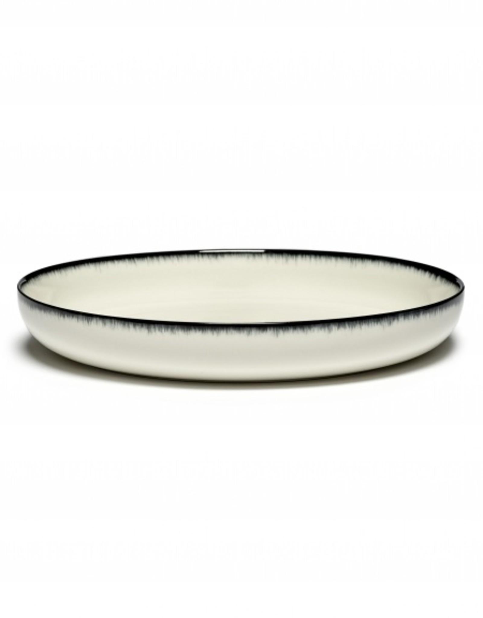 Ann demeulemeester Ann Demeulemeester for serax High plate D27 white-black A