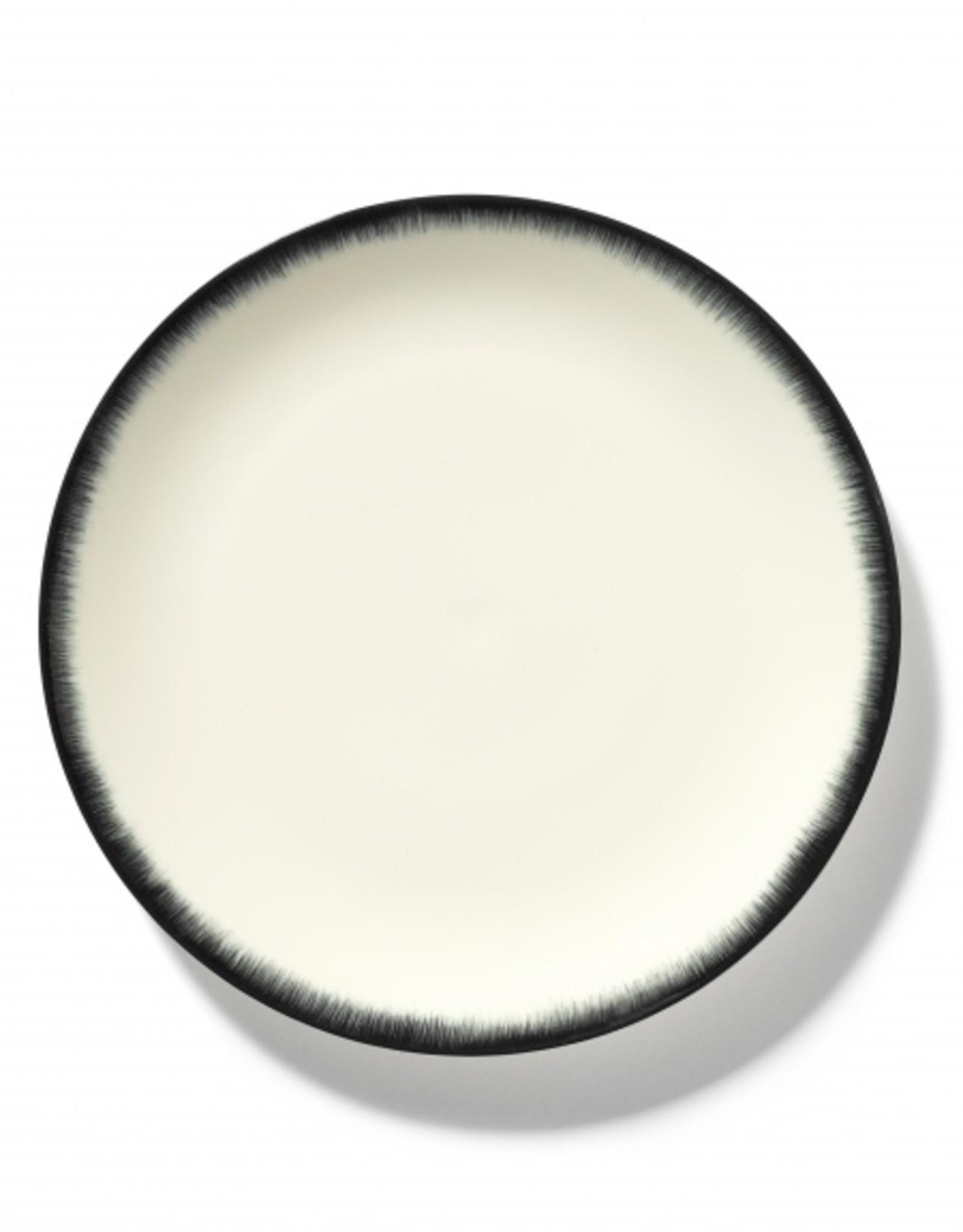 Ann demeulemeester Ann Demeulemeester for serax Plate D28 White black 3