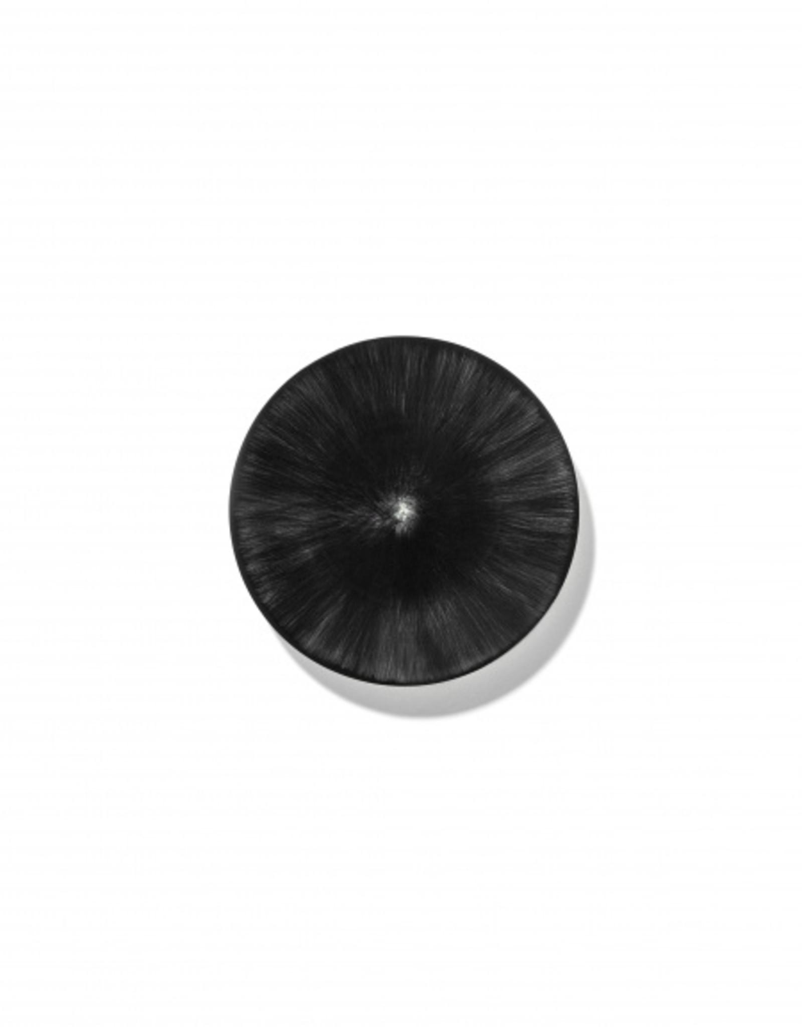Ann demeulemeester Ann Demeulemeester for serax  Plate d14 white-black 6