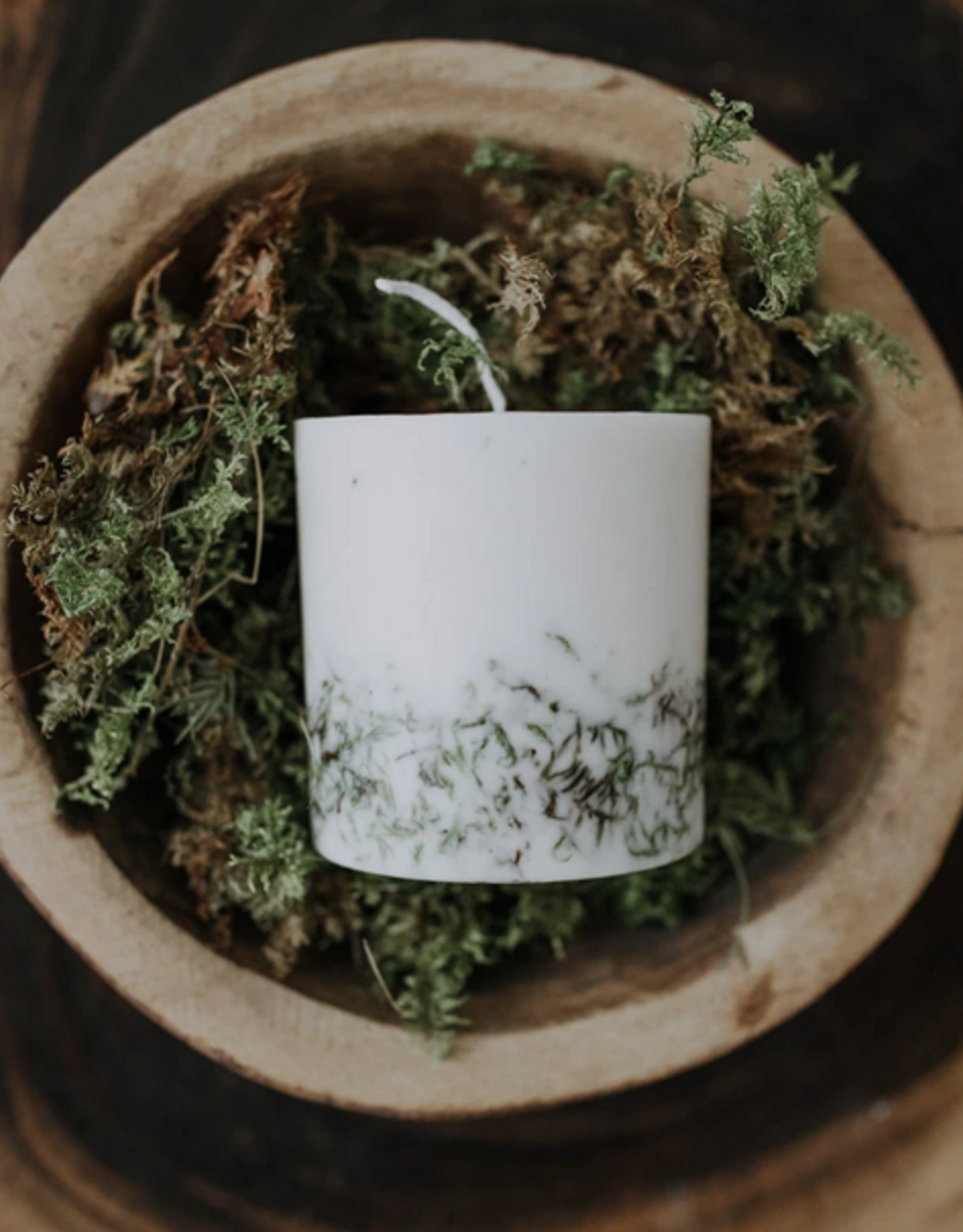 The Munio Moss Candle