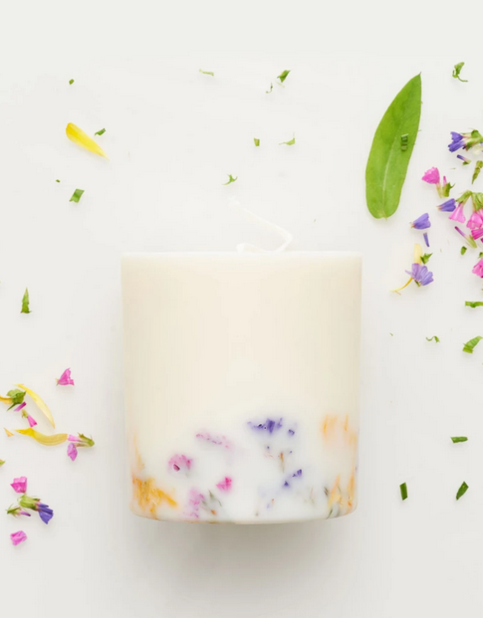 The Munio Wild Flowers Candle