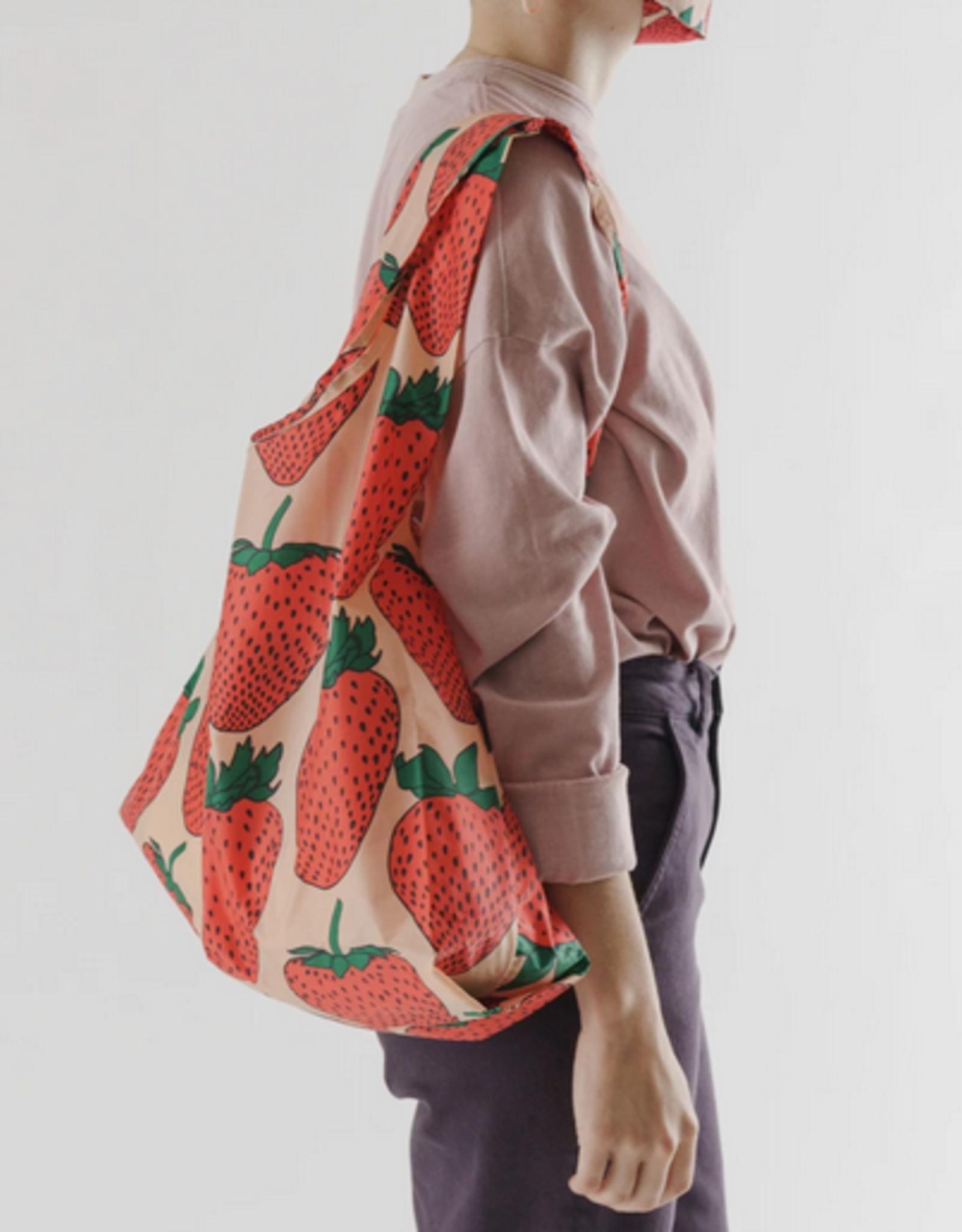 Baggu Standard Reusable bag Strawberry