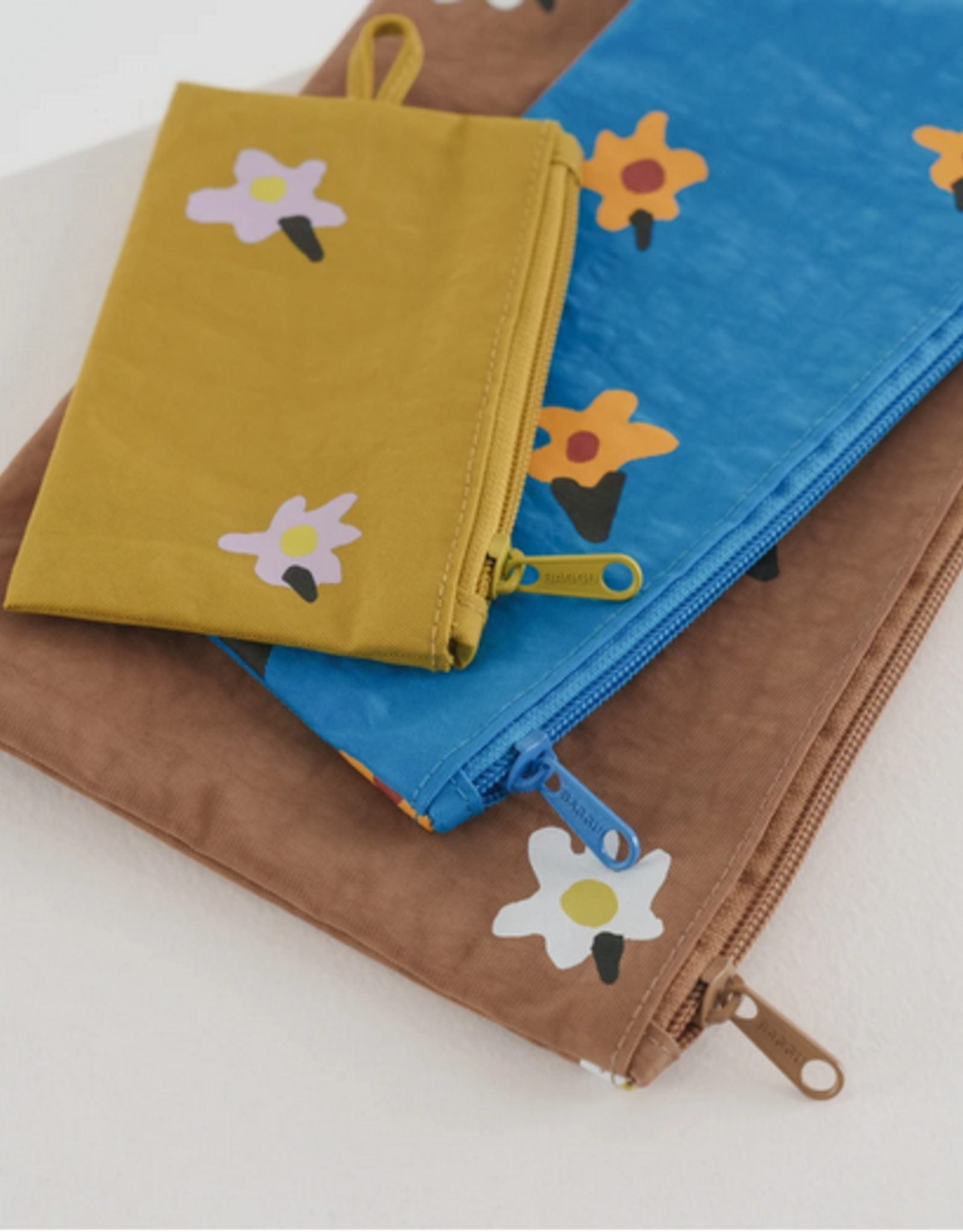 Baggu Flat pouch set painted daisies
