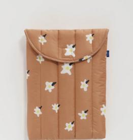Baggu Puffy Laptop Sleeve 13 inch Painted daisy