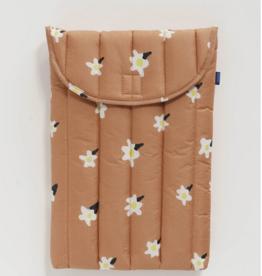 Baggu Puffy Laptop Sleeve 16 Inch Painted Daisy
