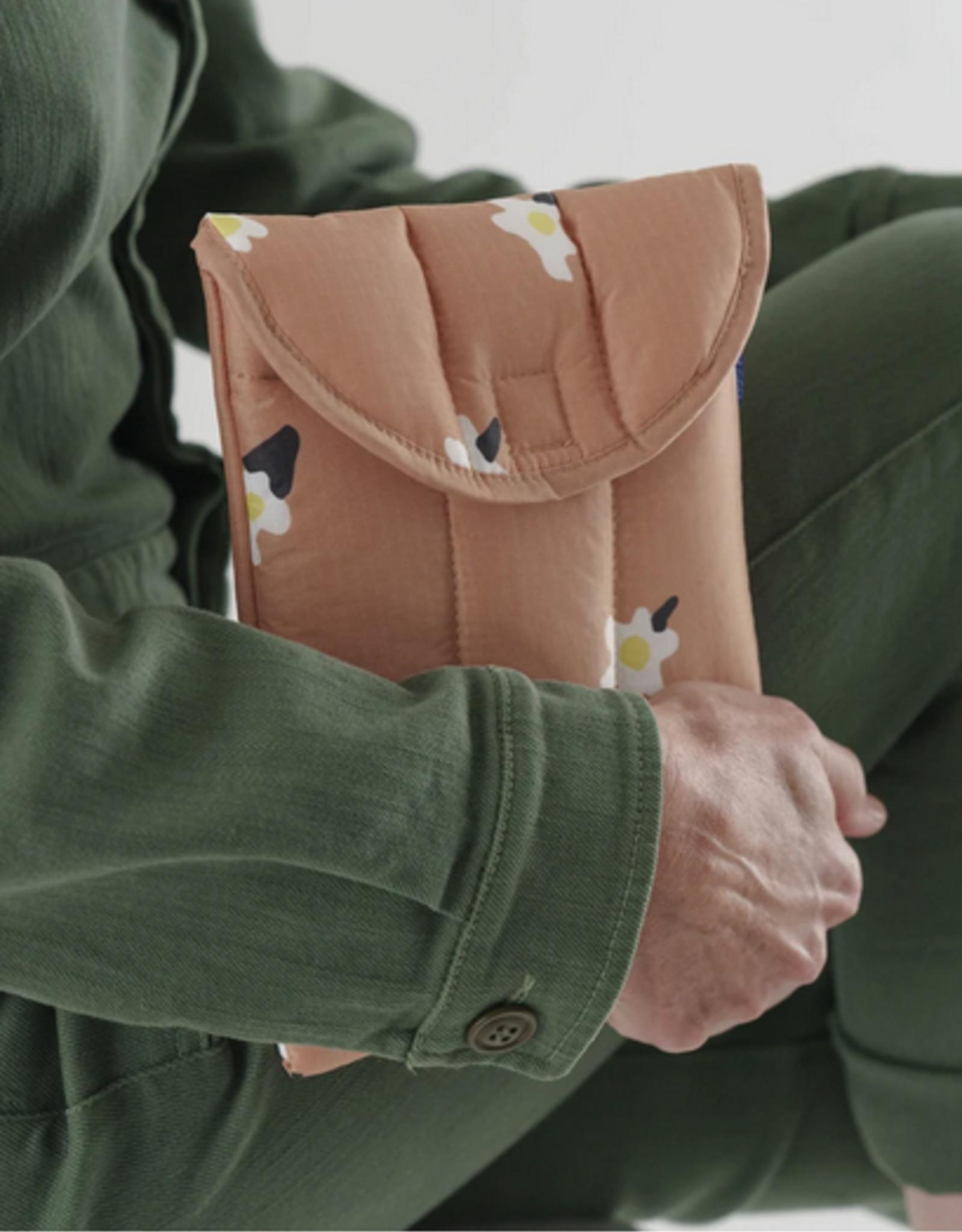 Baggu Puffy Tablet sleeve Painted Daisy