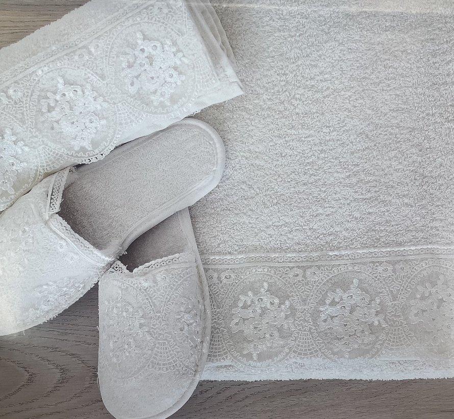 Ipekce Beril Handdoek Set + Slipper Roze