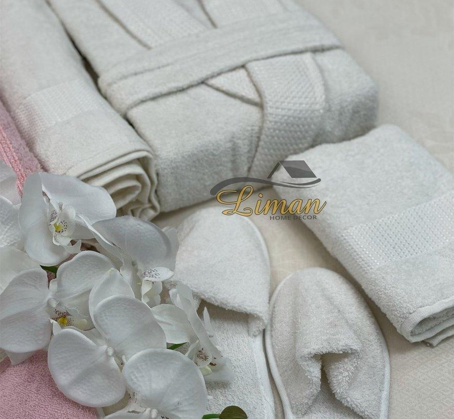 Ipekce Beril 8 - Delige Badjas set  Cream / Roze