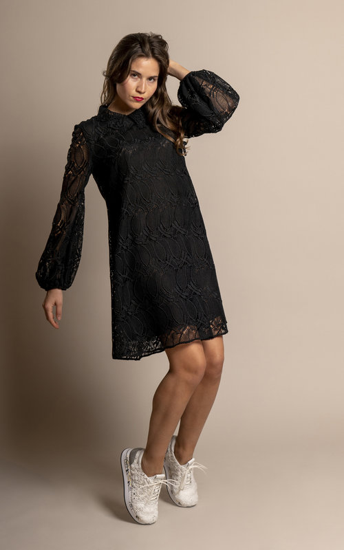Macramé mini dress black