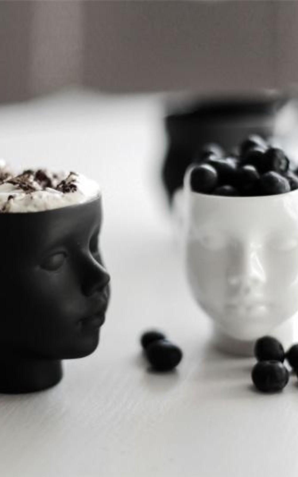 Ende Ceramics Doll head mug black