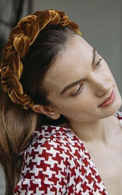 Jennifer Behr Lorelei Headband velvet topaz