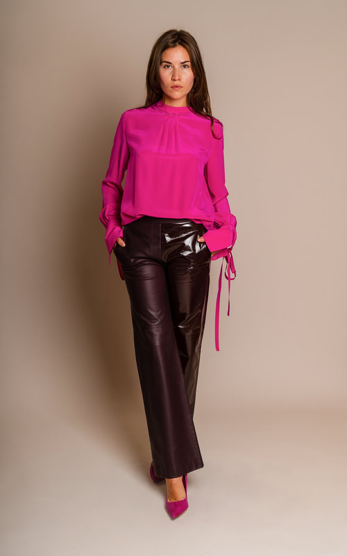 Leather pants bordeaux