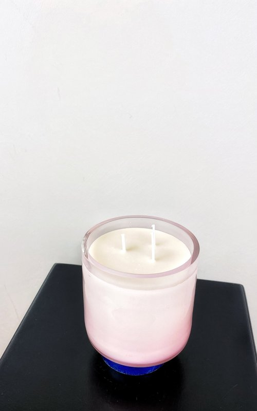 Scented candle pink