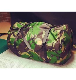 M2 Bait and Tackle Heavy Duty Clamshell Bag DPM