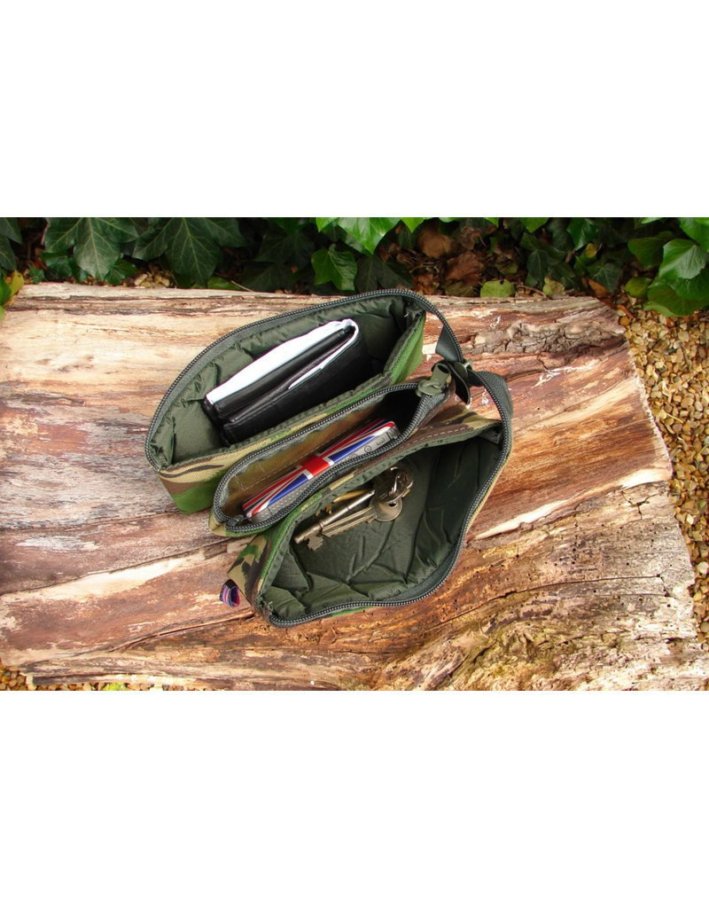 Cotswold Aquarius Padded tri pouch