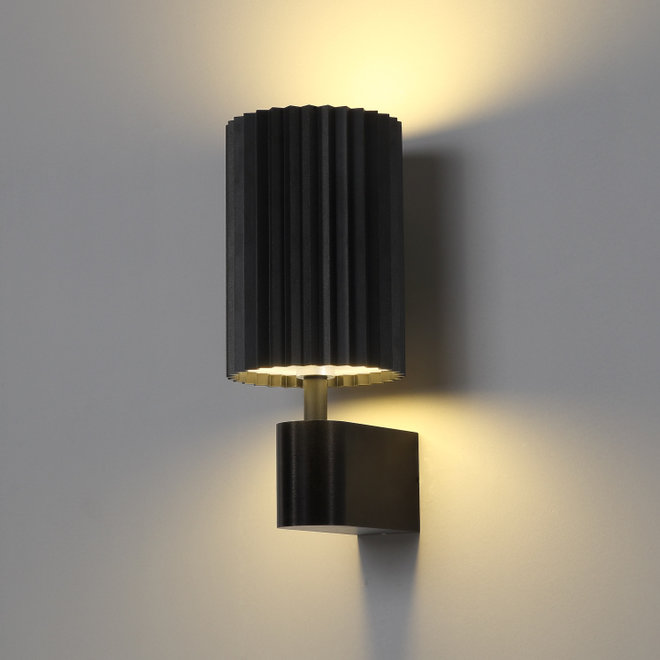 Wall lamp Leah with texture - black