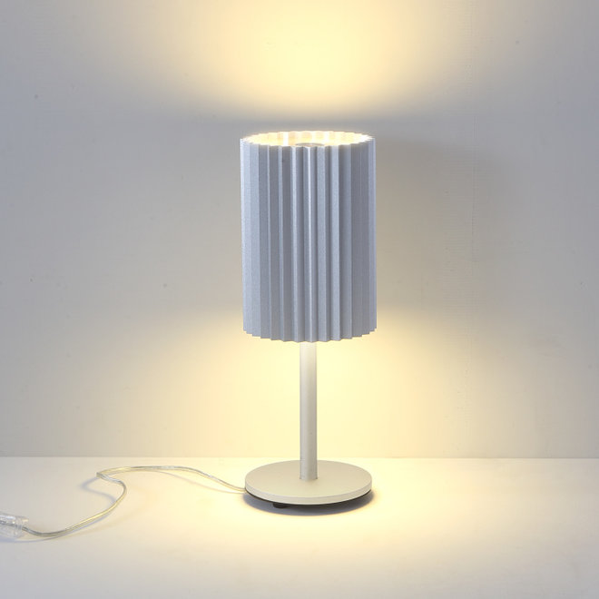 Table lamp Leah with texture - silver
