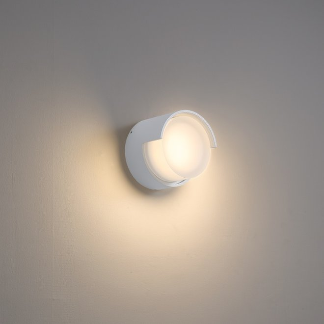 Inside/outside wall lamp ROOF small - white