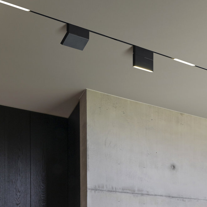 CLIXX SLIM magnetic track light system - trimless recessed starter set - white