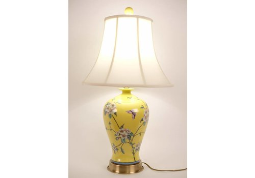 Fine Asianliving Chinese Table lamp Porcelain Handpainted Yellow