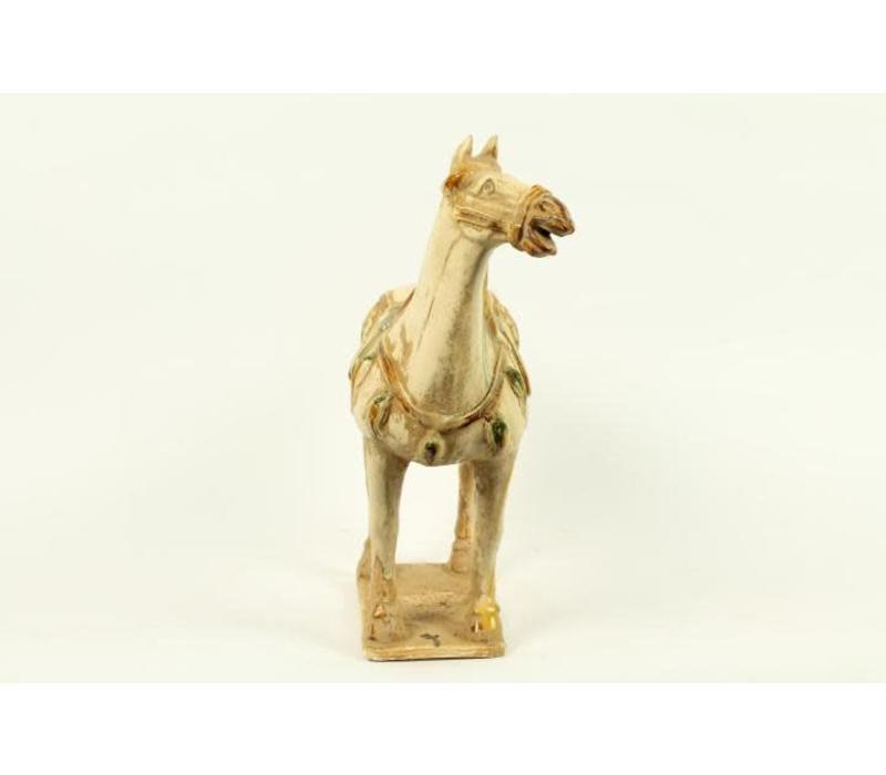 Aardewerk Chinees Paard Wit Links