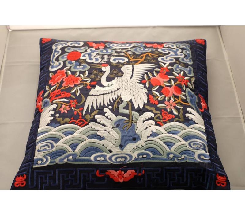 Chinese Kussen Volledig Geborduurd Navy Kraanvogel 40x40cm
