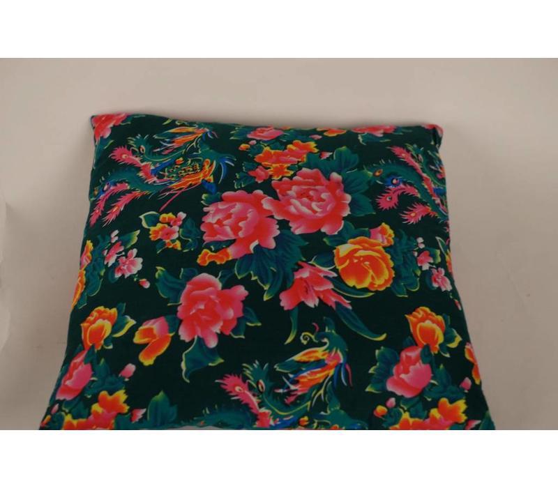 Chinese Cushion Catoen Flowers Green