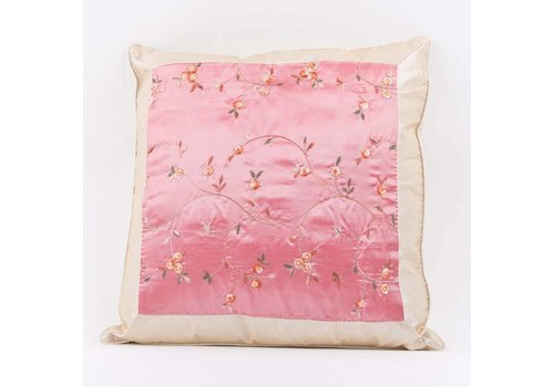 Fine Asianliving Chinese Cushion Silk GePlateuurde Flowers Pink 40x40cm
