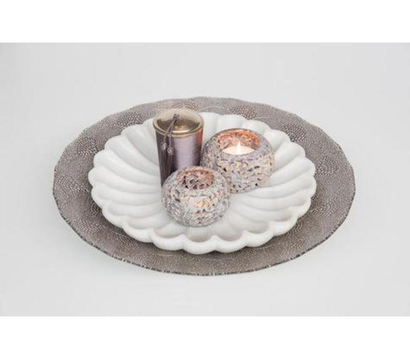Glass Plate with Chinese fan pattern mushroom