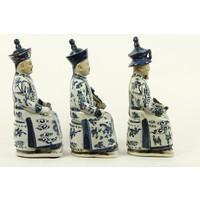 Set van Drie Chinese Keizers Zittend van Porselein in Blauw-wit