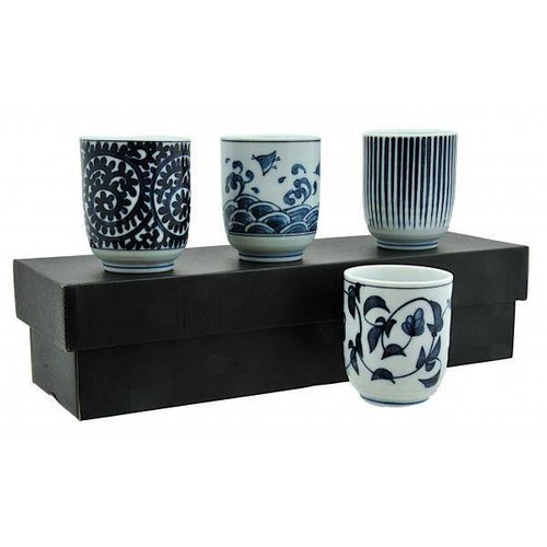 Giftset 4 Japanese Mugs cups porcelain small