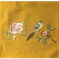 Kussen Met Handgeborduurde Roos En Vogel Geel 45x45cm