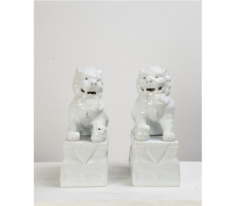 Chinese Foo Dogs White Porcelain Set/2 W15xD21xH37cm