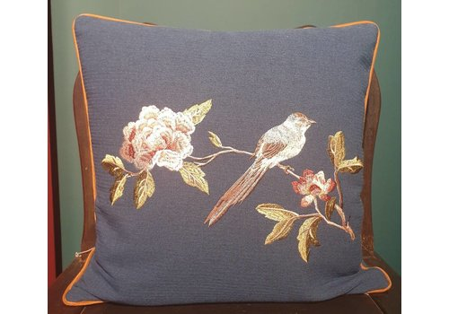 Fine Asianliving Fine Asianliving Cushion White handembroidered Rose and bird Navy 45x45cm