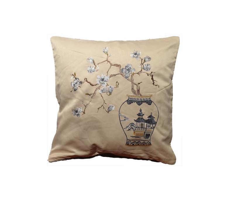 Fine Asianliving Chinese Cushion Silk 50x50cm Hand-embroidered Sakura Cream