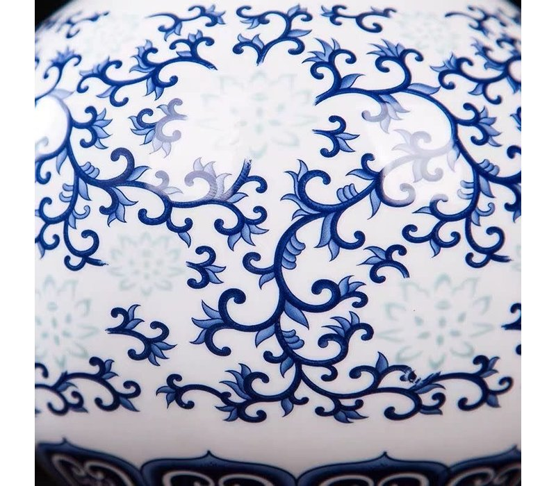 Chinese Vase Porcelain Hand-painted Blue and White