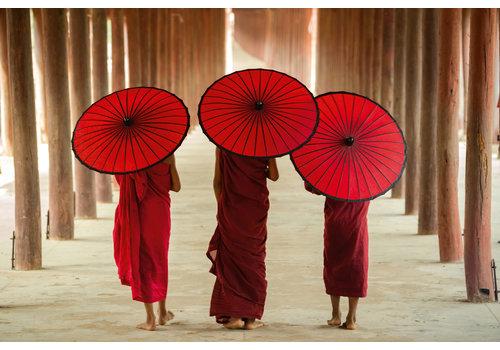 Fine Asianliving Tableau sur Verre Acrylique Moines avec Parapluie L120xH80cm
