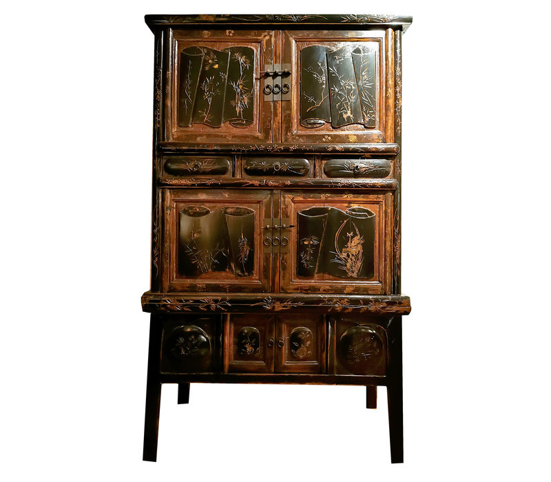 Antique Chinese Cabinet Hand-carved W105xD44xH177cm
