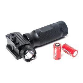 G&G G&G G&G VERTICAL FOREGRIP LED FLASHLIGHT