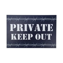 Kombat Private Keep Out Sign
