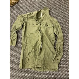 Surplus OLIVE SHIRT NO LABEL SIZE SMALL-MEDIUM