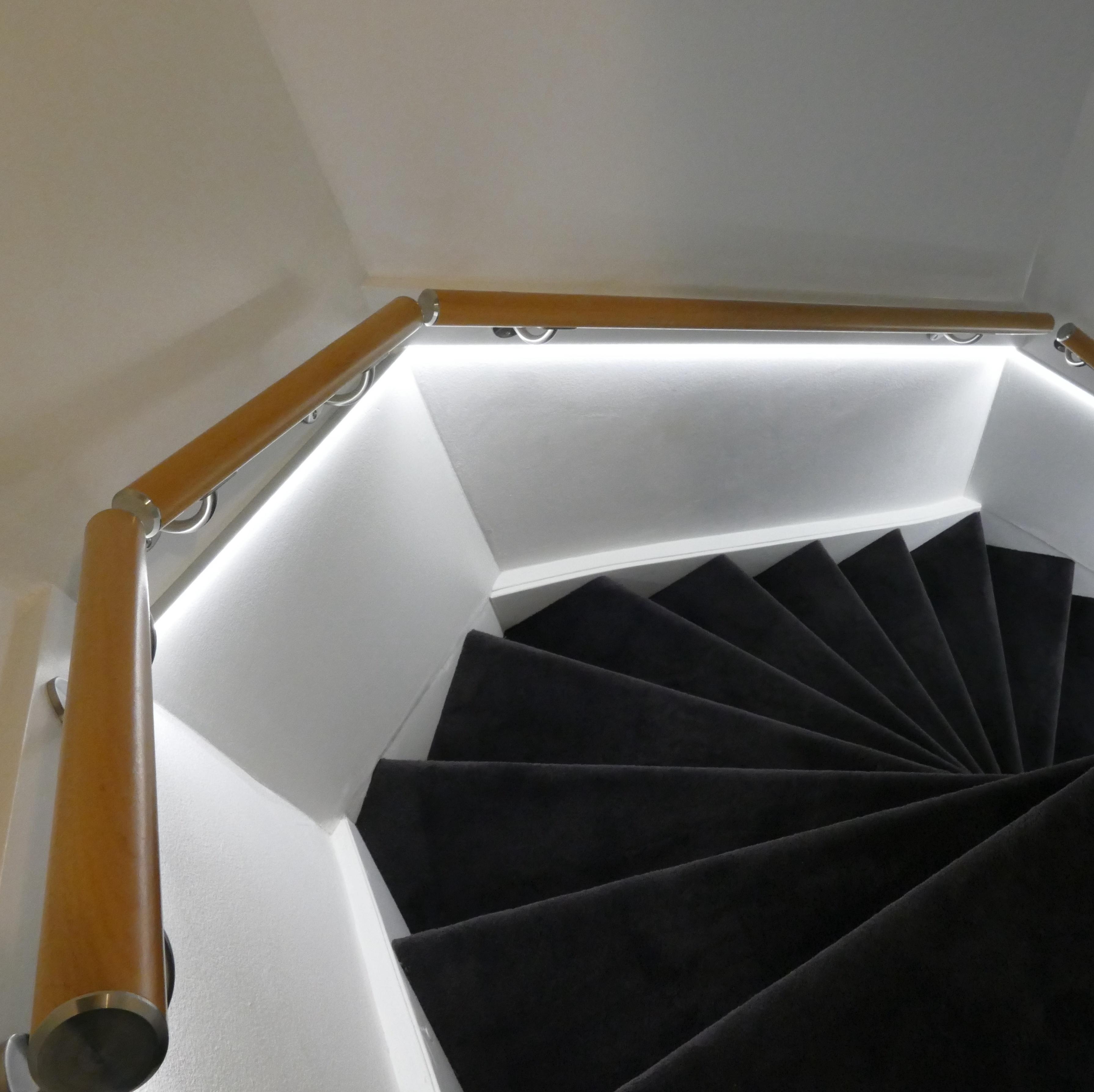 Handlauf Buche lakiert rund Modell 2 - Runde Treppengeländer - Treppenhandlauf aus lakierten Buchenholz - Copy