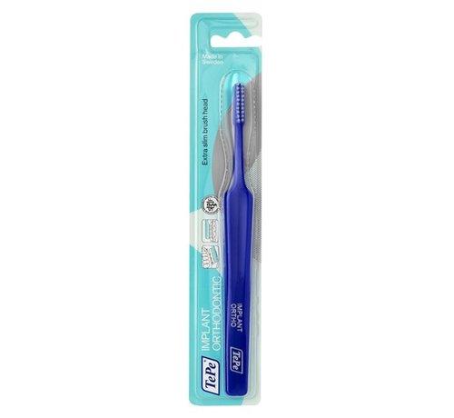 TePe TePe Implantaat/Orthodontieborstel - Specialistische Borstel - 3 stuks - Tandenborstel - Voordeelverpakking